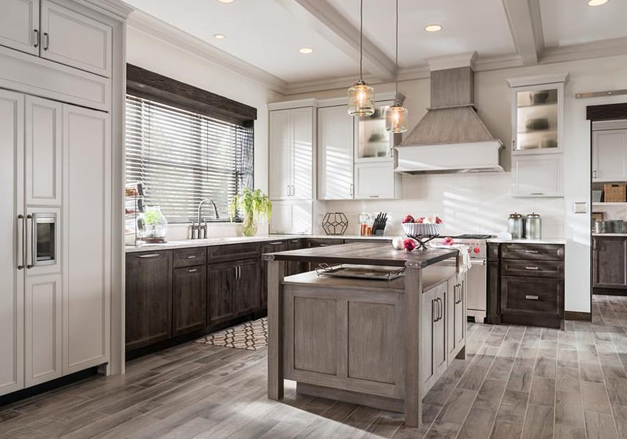 custom cabinets and kitchen islands for remodel or new home construction in Tacoma WA